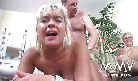 Deux film porno amateur gratuit français blancs et deux marteaux noirs dans tous les trous.