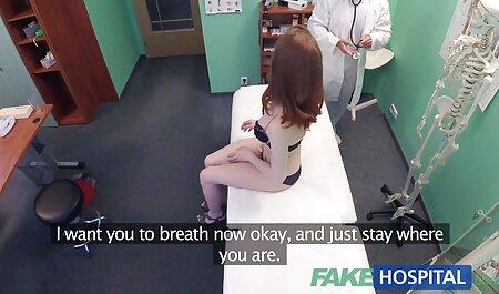 Skinny fille en soutien-gorge blanc et porno en français hd culotte donnant hahala une pipe profonde et lécher son anus.