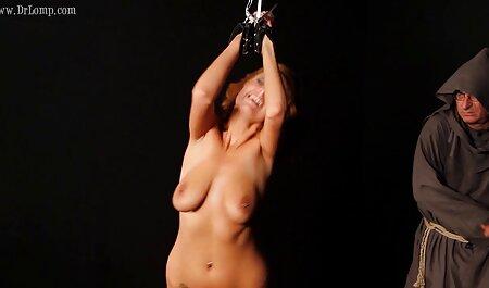 Adulte babes à film de sex francais gratuit tâtons ânes avec une bite en caoutchouc pour la webcam