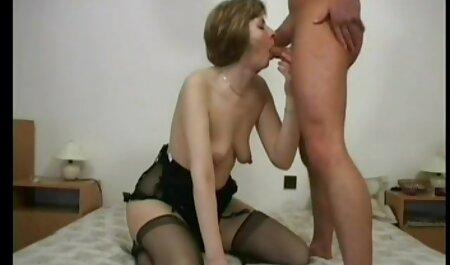 Les femmes video porno francais streaming adultes injectent gode noir.