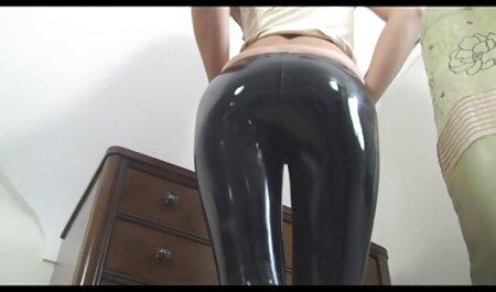 Petite fille avec des lacets jaunes avaler le cou video porno free francais de sa petite amie