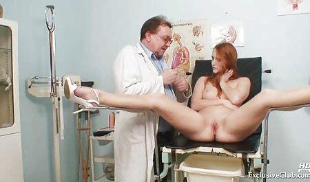 Tatoué brune film porno streaming complet vf avec un simulateur