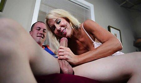 Danser avec un masque serré blonde, puis faire du sport porno film francais streaming nu.