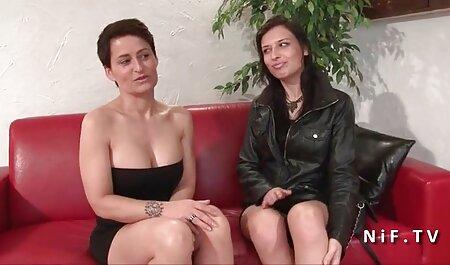 L'homme ne pouvait pas résister à une fille nue avec son cul dans le filmpornogratuitfrancais cul.
