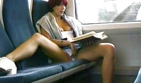 Un film porno xxl français jeune homme faisant semblant de manger une grosse vieille femme.