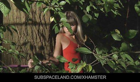 Une rousse ayant des relations sexuelles avec son amant dans le nouvelle video porno francais bureau.