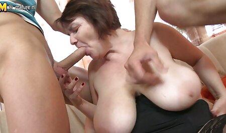 Brune ma crée film amateur porno gratuit à la maison pendant les rapports sexuels avec son amant