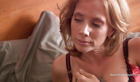 Adulte Femme au vidéo x gratuit en français foyer sur la table