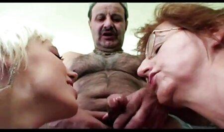 Nymphomane s'amuser avec trois hommes à la video porno francais streaming fois.