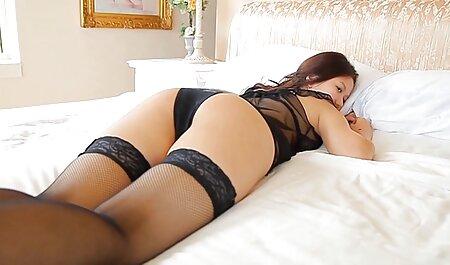 Brunette film porno complet gratuit en francais sexe dans le lit