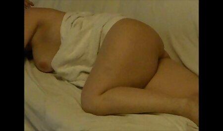 Casting juteuse blonde caresse ses gros seins film x amateur français