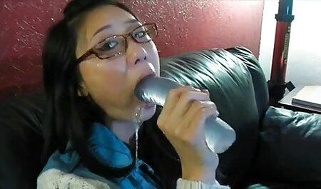 Musculaire Hahal avec une forte pénis frapper une fille sur le film porno gratuit femme fontaine canapé