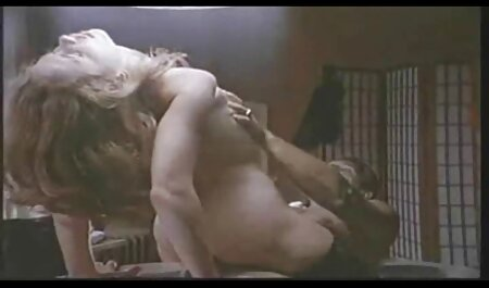 La petite amie blanche a mis les vis dans meilleur site porno francais gratuit le cul du couple noir.