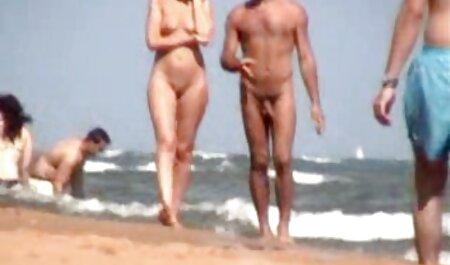 Deux porno film complet vf jeunes brunes au lit