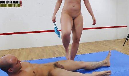 L'homme qui a mis son doigt dans la merde porno francais free de la femme blonde au lit
