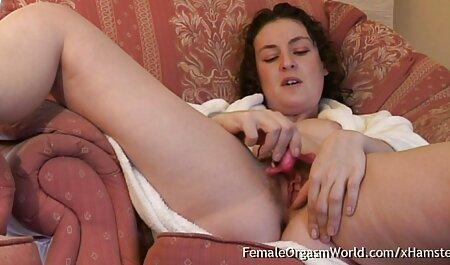 Jeune beauté lèche les mères poilues avec de film x francais gratuit complet gros seins