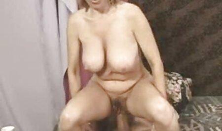 Le jeune homme a eu des relations sexuelles avec sa maîtresse film adulte francais streaming et s'est retourné.