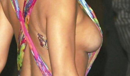 Fille russe en bas fait le sexe anal avec son petit ami film amateur porno gratuit dans le lit