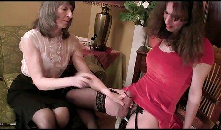 Jeune couple mâche à la maison sur le film porno francais complet streaming lit pour la webcam.