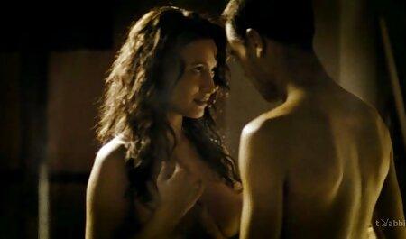Maigre gonzo mère et film porno francais en streaming gratuit adolescent beauté sur un grand lit
