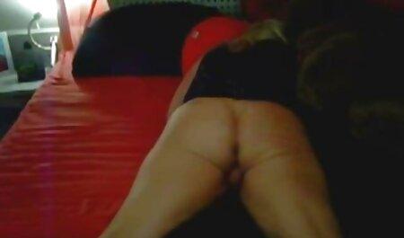 Une belle jeune film porno en streaming vf femme aime caresser et faire l'amour.
