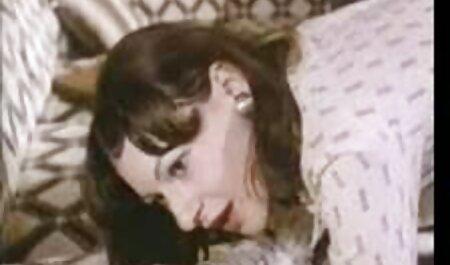 Animaux maigres film porno entièrement gratuit en collants devant son petit ami.