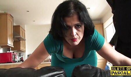Dame, prenez films porno italien gratuit un sperme d'amour pour les gros seins dans la chambre à coucher.