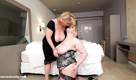 Brunette Joanna black est sur le dessus de trois pénis serrés à la salle de gym. film porno francais complet en streaming