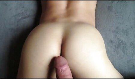 Horny filles films porno vf en bas ayant des relations sexuelles avec deux hommes