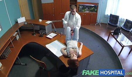 La jeune gymnaste traite sur film porno vf complet le canapé.