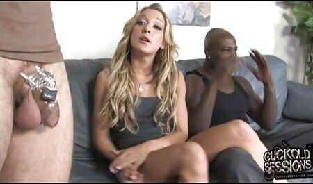 L'homme prend une minute et un film streaming porno francais gratuit tatouage Latin à côté d'une fille qui dort à un moment donné.