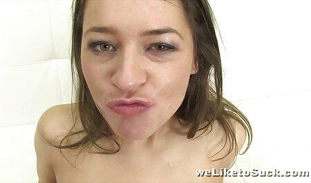Le mec Asiatique film x amateur francais rouge la baise et la baise pendant le casting.
