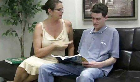 Femme avec de gros seins que le mari mange film porno fr gratuit dans la chambre à coucher
