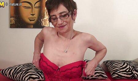 Adulte Femme au foyer avec de gros seins film orno francais manger copain