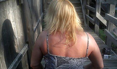 Petite amie baise mulâtre avec strapon dans des poses sexuelles film orno francais