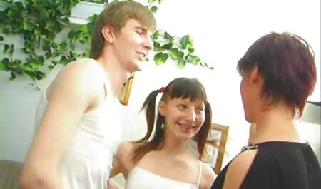 Les yeux bleus film de porno en français de Krall font souffler le partenaire de casting.